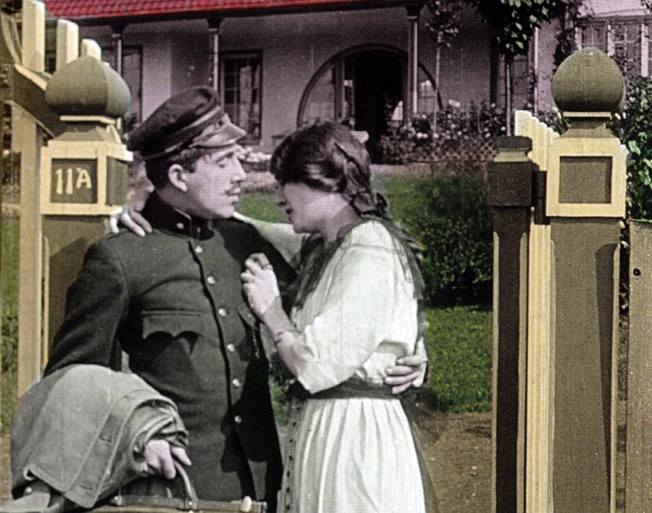 Fotograma de ¡Maldita sea la guerra! (1913), de Alfred Machin
